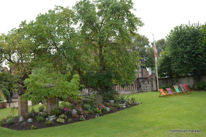 garden hall's croft