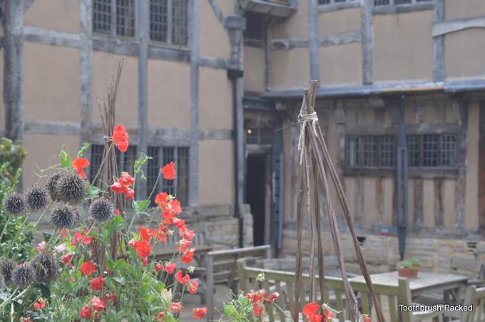 halls croft suzanna shakespeare's property